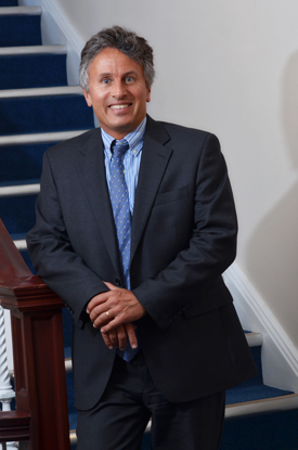 Profile Picture of Dr. Usamah Jannoun, Spine Specialist and Orthopedic Doctor, at his Harley Street Practice.